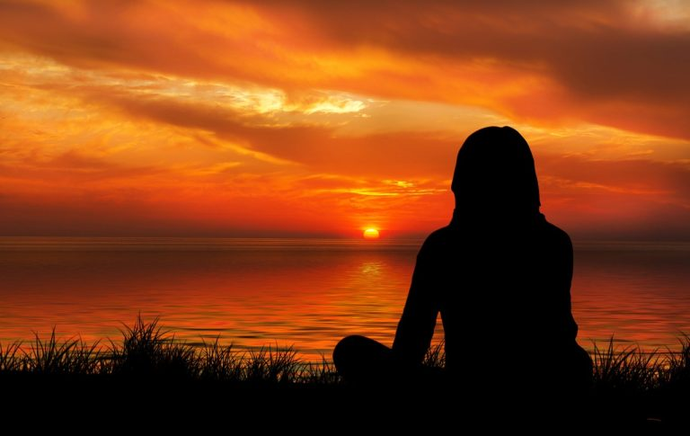 plaisirdetresoi-plaisir etre soi-angers-conference-same same-mediter-meditation-mindfulness-pourquoi mediter-pleine conscience sunset
