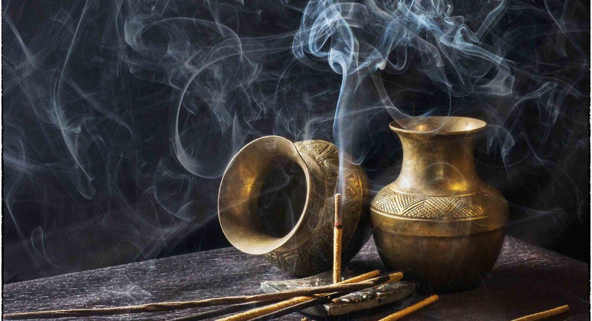 plaisirdetresoi-plaisir etre soi-angers-conference-hidouisme-hindou-spiritualite-incense-arati-connaissance
