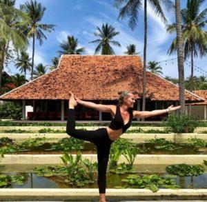 Ysabel Pineau - Professeur de Yoga et Yoga-thérapeute